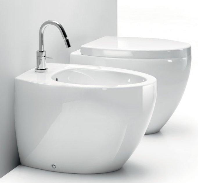 What is a bidet in a bathroom