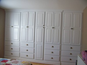 built-in-wardrobe-systems-ideas-photograph